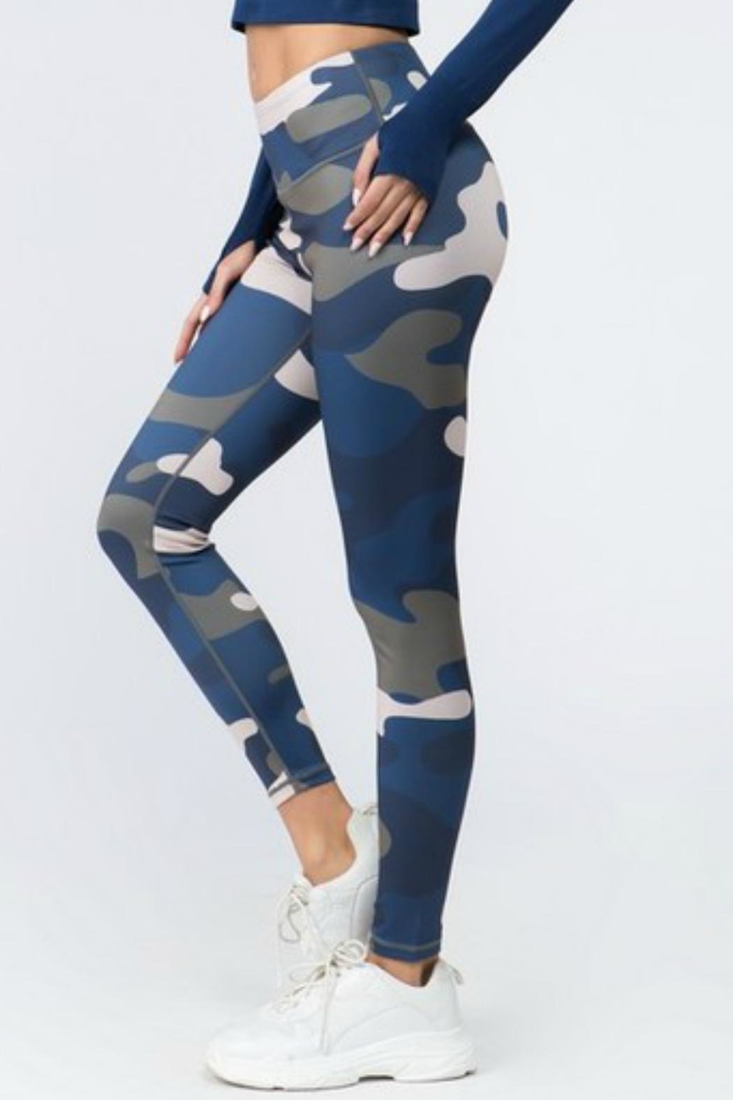 Imagine That Camo Leggings - Side Cropped Image