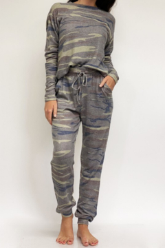 Fornia Camo LS & Jogger Lounge Set - Product List Image