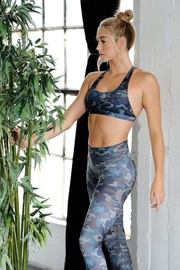 NIYAMA SOL camo mist barefoot leggings - Side cropped
