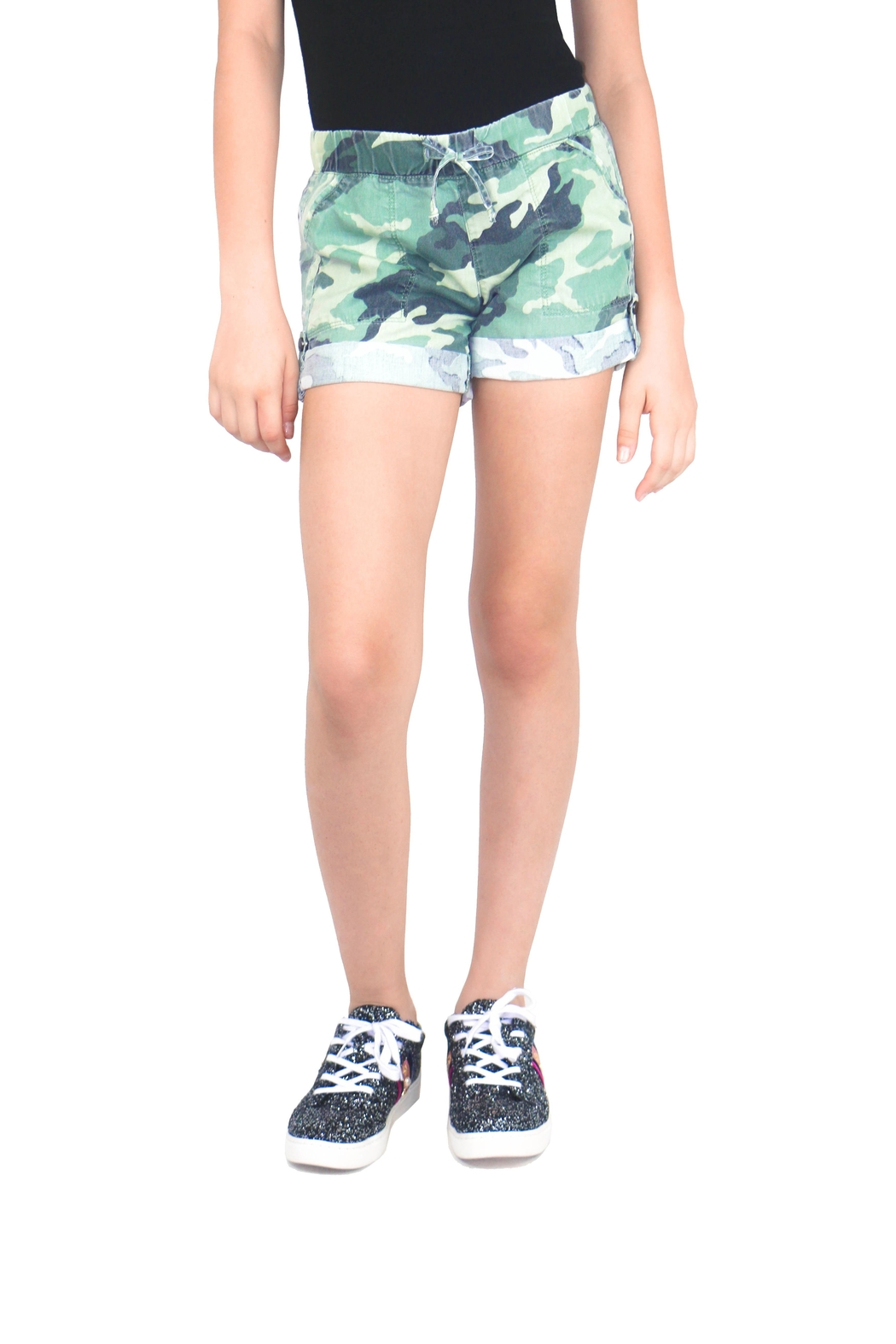 Tractr Camo Print Shorts - Front Cropped Image