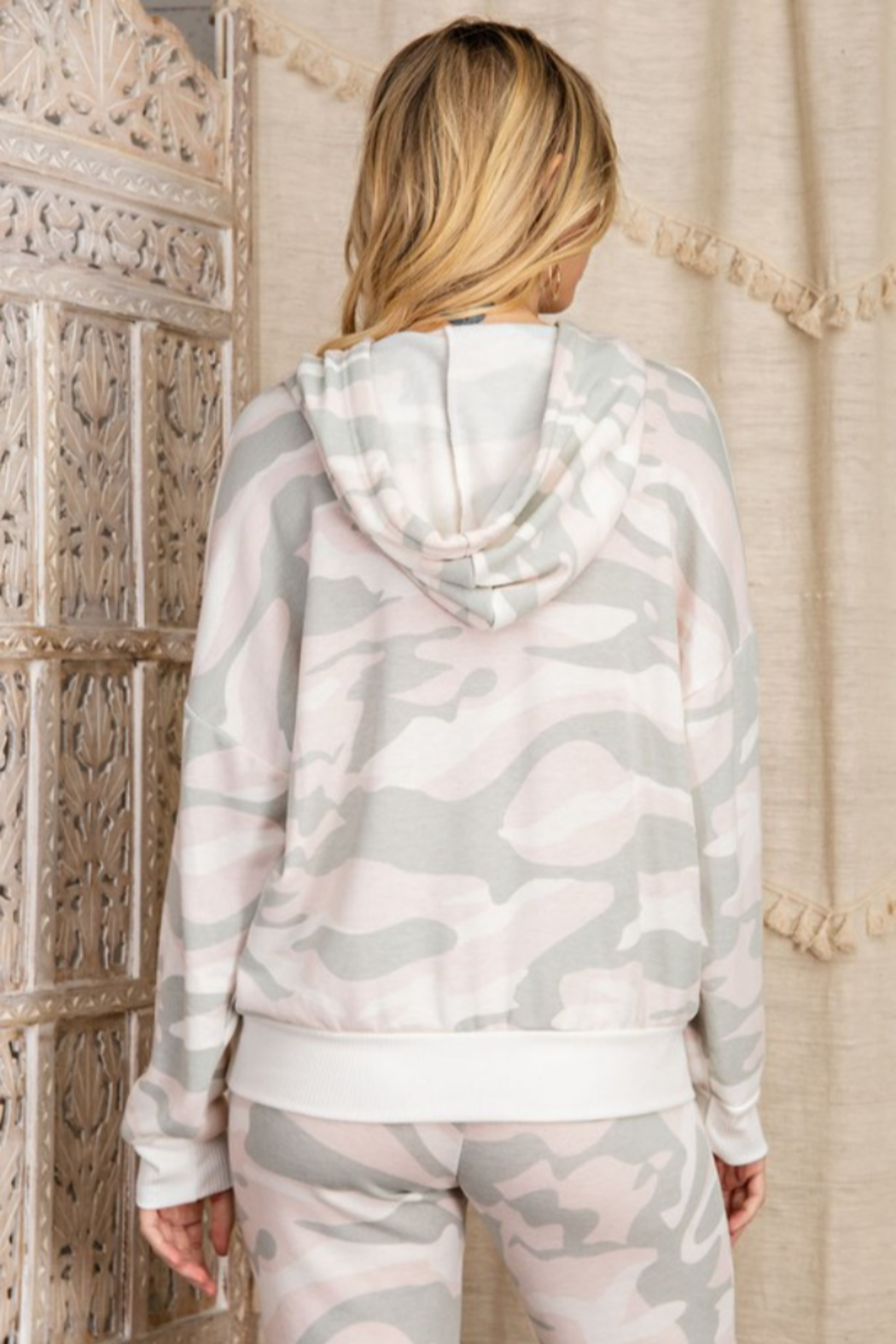 143 Story Camo Printed Brushed Hooded Top - Side Cropped Image