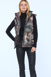 Sanctuary Camo Puffer Vest - Product Mini Image