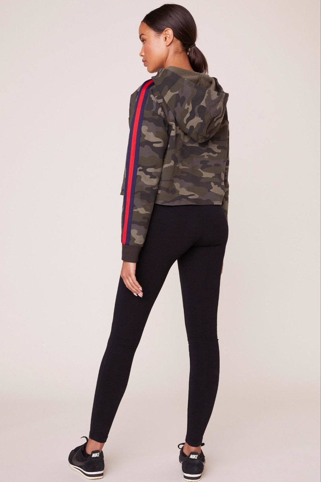 BB Dakota Camo Pullover - Side Cropped Image