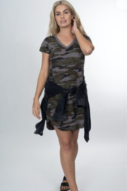 Dylan by True Grit Camo S/S V-neck Shirt Tail Dress - Product Mini Image