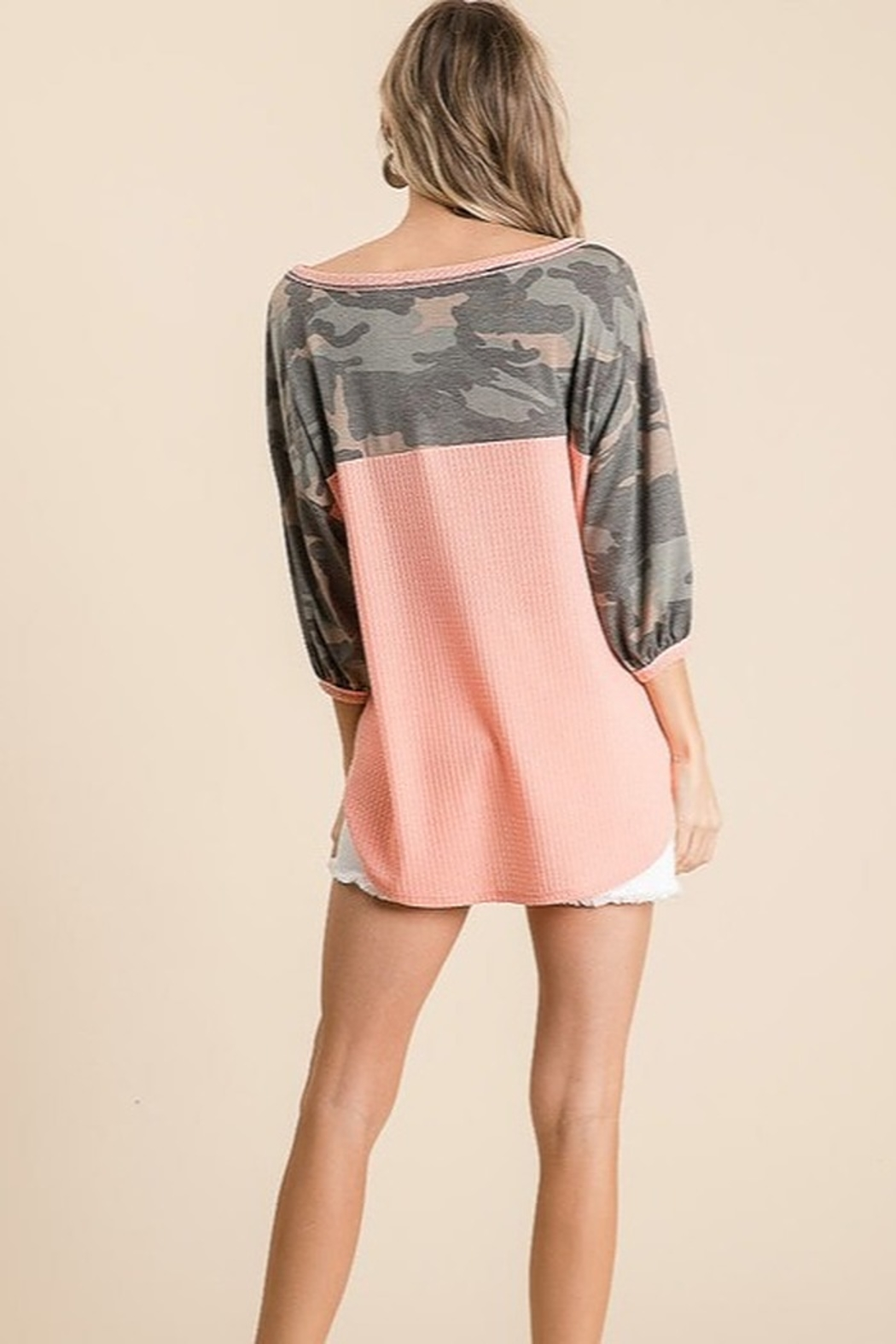 Bibi Camo Sleeve Thermal Top - Back Cropped Image