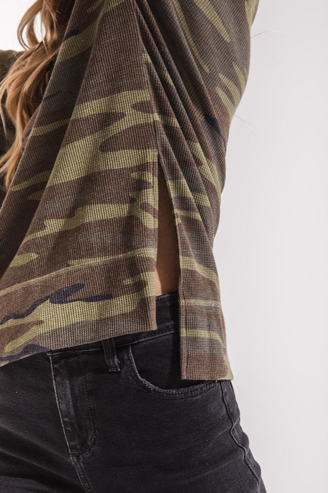 z supply Camo Thermal Top - Side Cropped Image