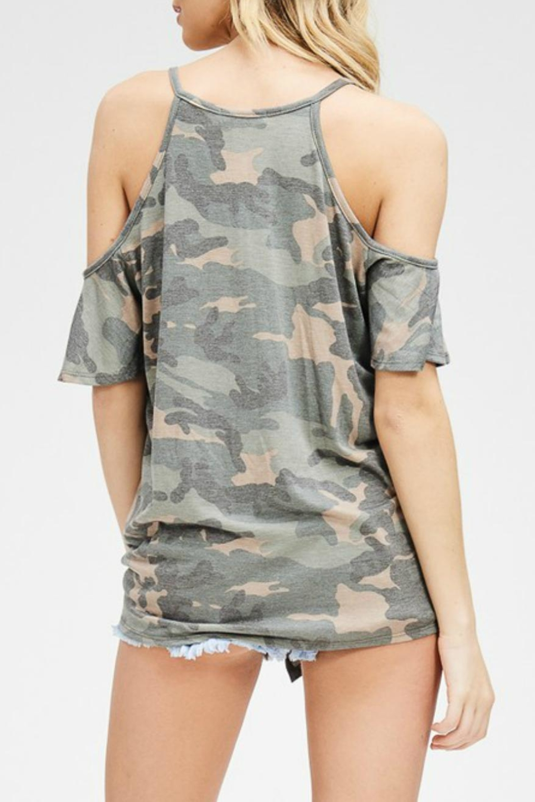 Cherish Camo Tie-Front Tee - Side Cropped Image