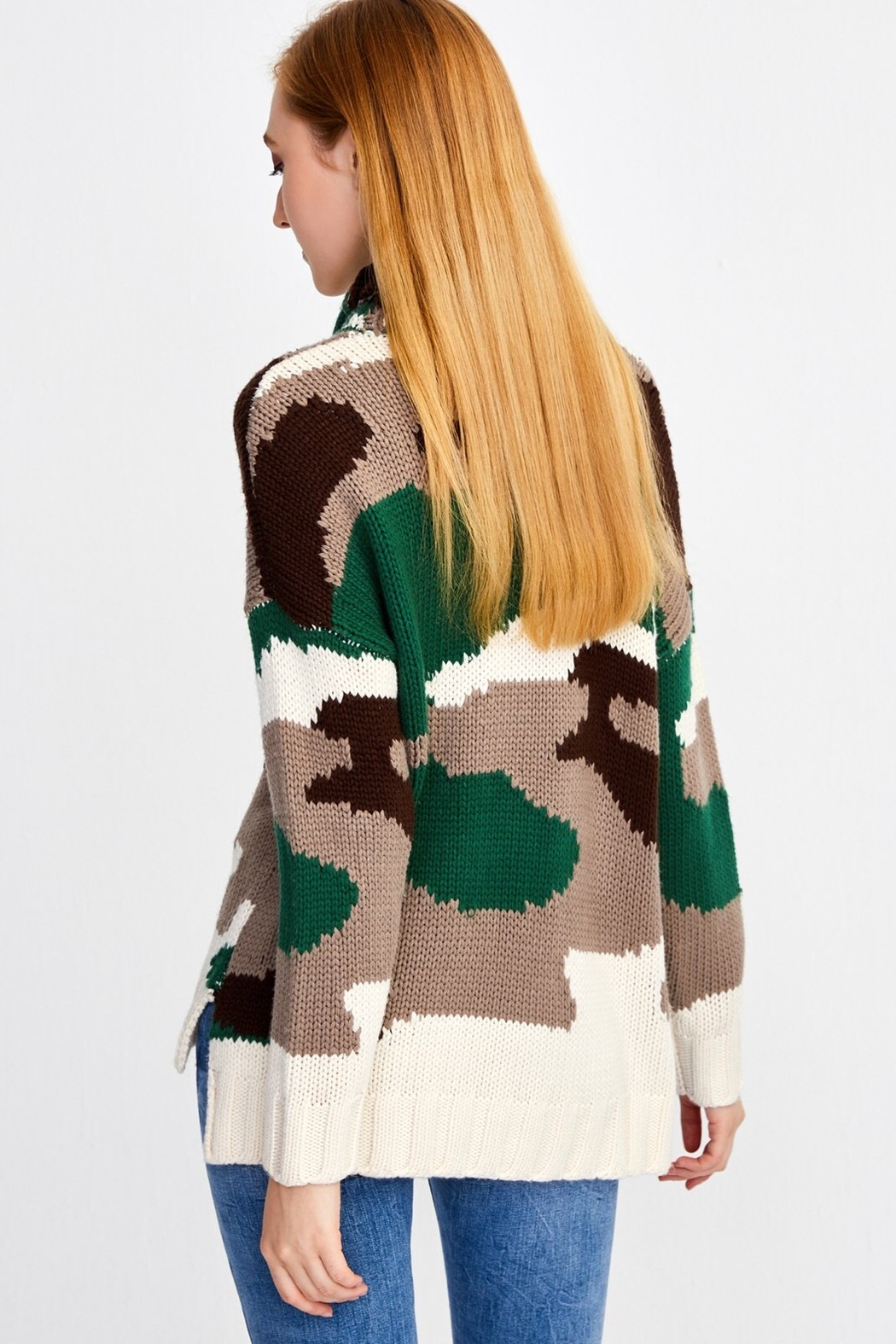 525 America Camo Turtleneck Sweater - Side Cropped Image
