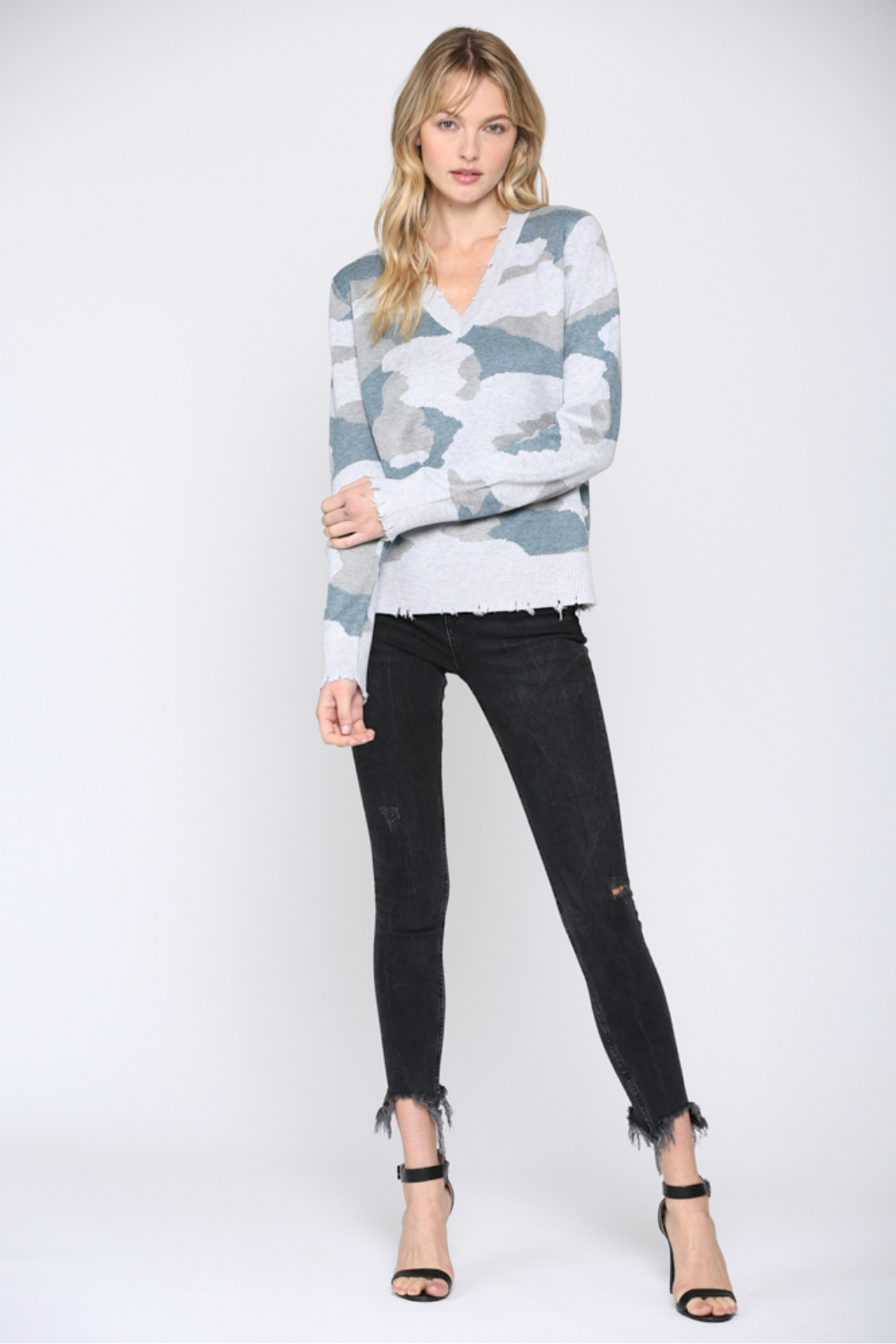 Fate Camo V Neck Distressed Sweater - Side Cropped Image
