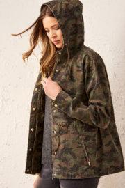 Gift Craft Camouflage Anorak Jacket - Front cropped