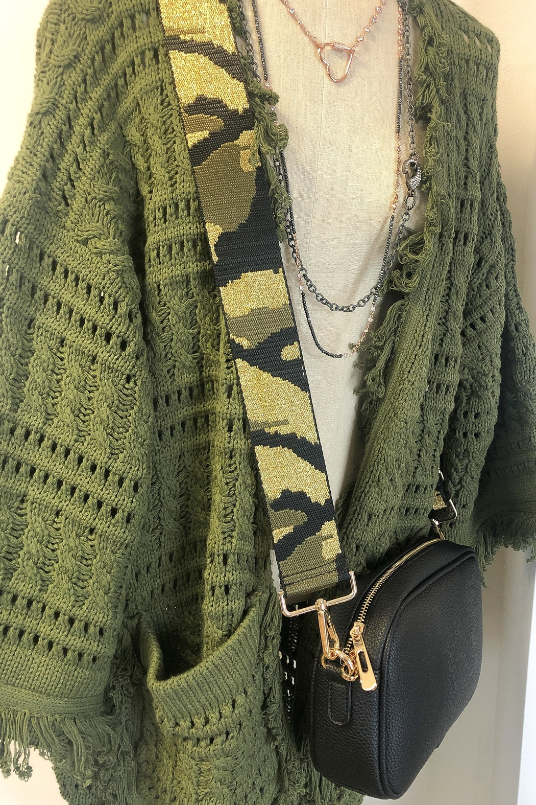 Ahdorned Camouflage Bag Strap Green - Side Cropped Image