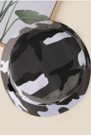 Coco International Camouflage Bucket Hat - Side cropped
