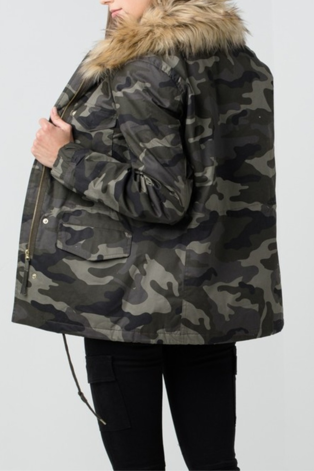 Love Tree  Camouflage Jacket with Detachable Fur - Side Cropped Image