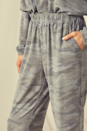 Mustard Seed  Camouflage Sweatpant Jogger - Back cropped