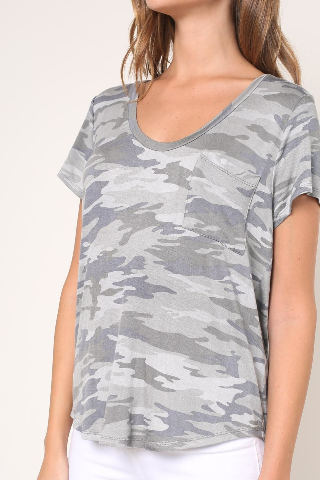 Mustard Seed Camouflage Tee - Side Cropped Image