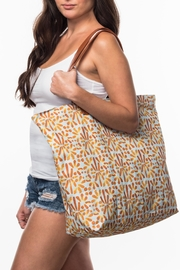 Olive & Loom Canvas Beach Bag - Front cropped