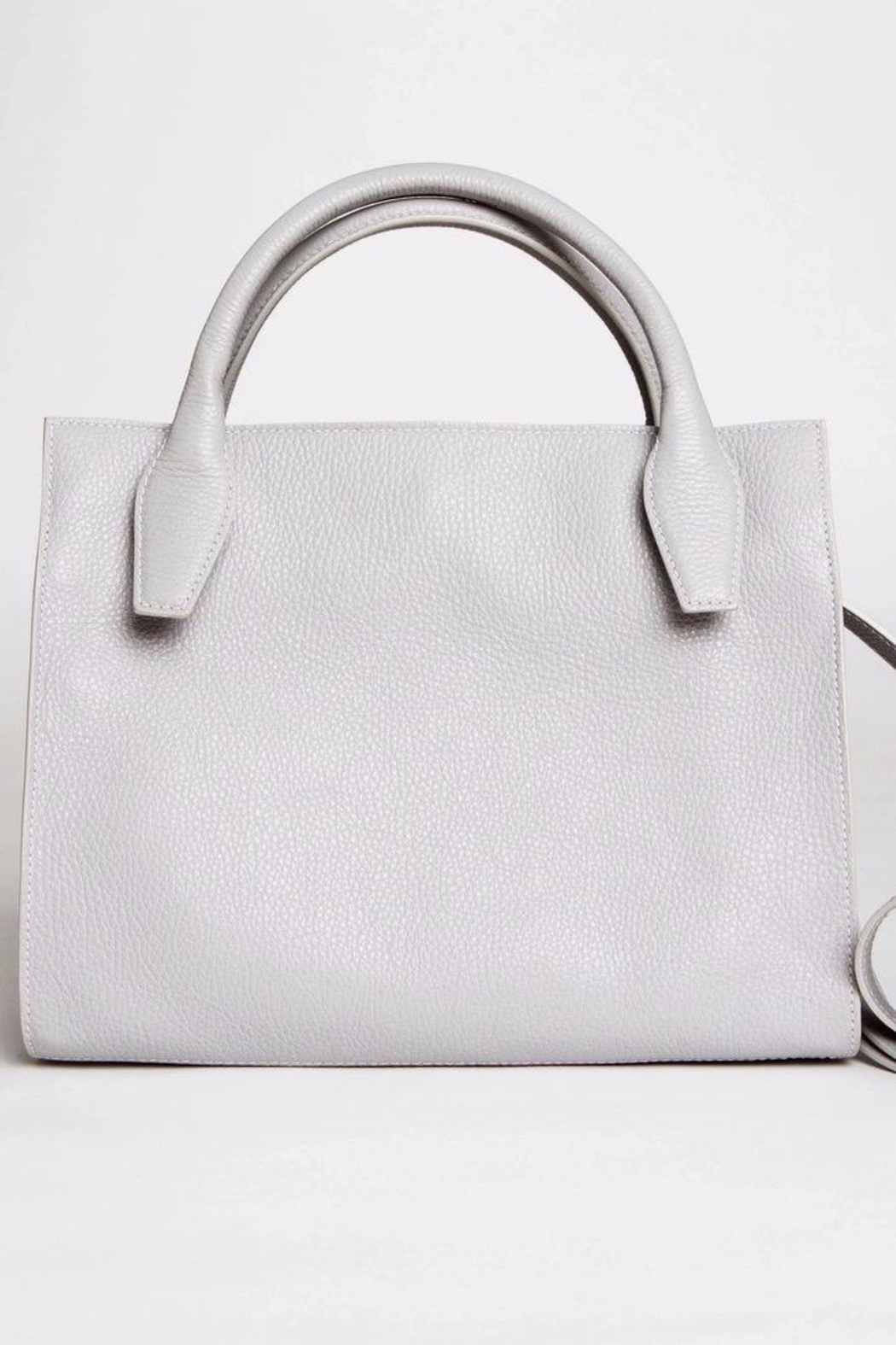 Canvas & Hyde Sydney Tote - Back Cropped Image