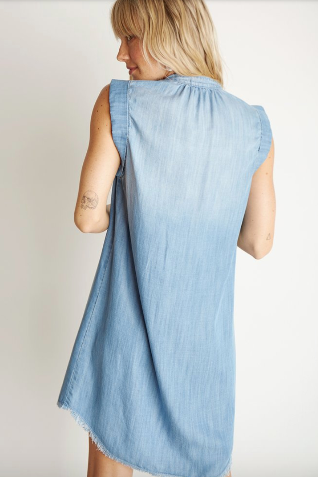Bella Dahl Cap Sleeve Pleat FRONT DRESS - Back Cropped Image