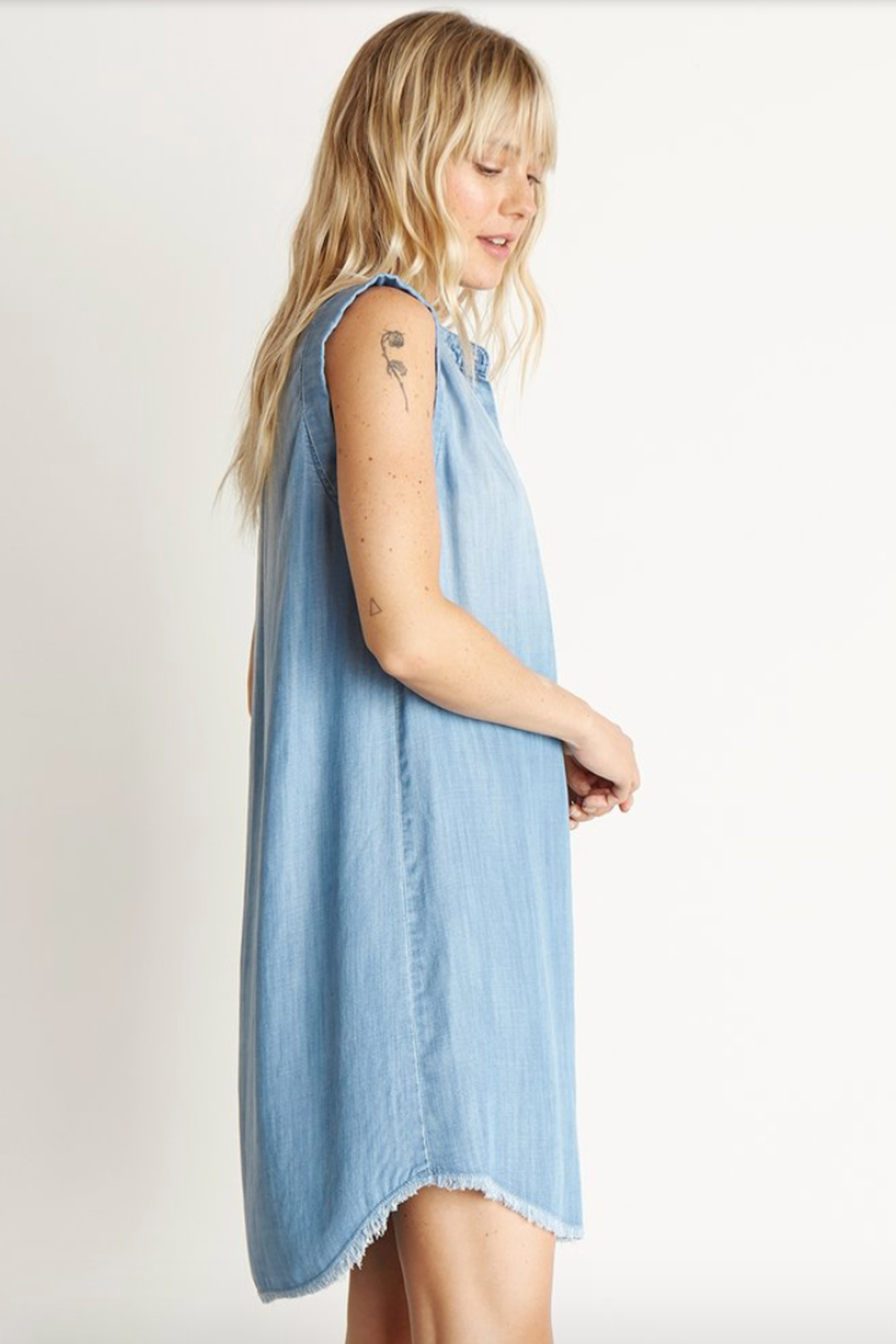 Bella Dahl Cap Sleeve Pleat FRONT DRESS - Side Cropped Image