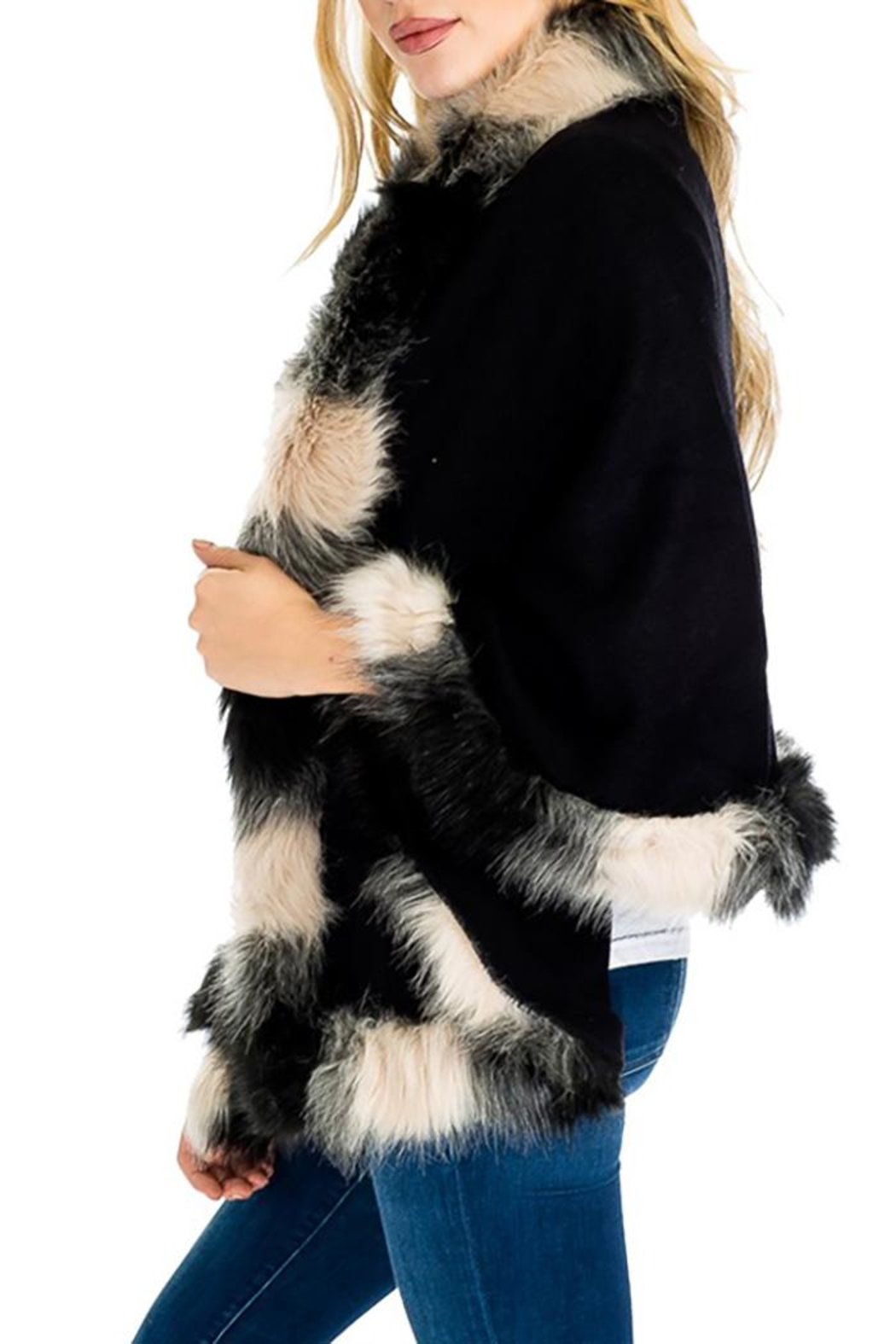 Cap Zone Faux Fur Shawl Sweater - Side Cropped Image