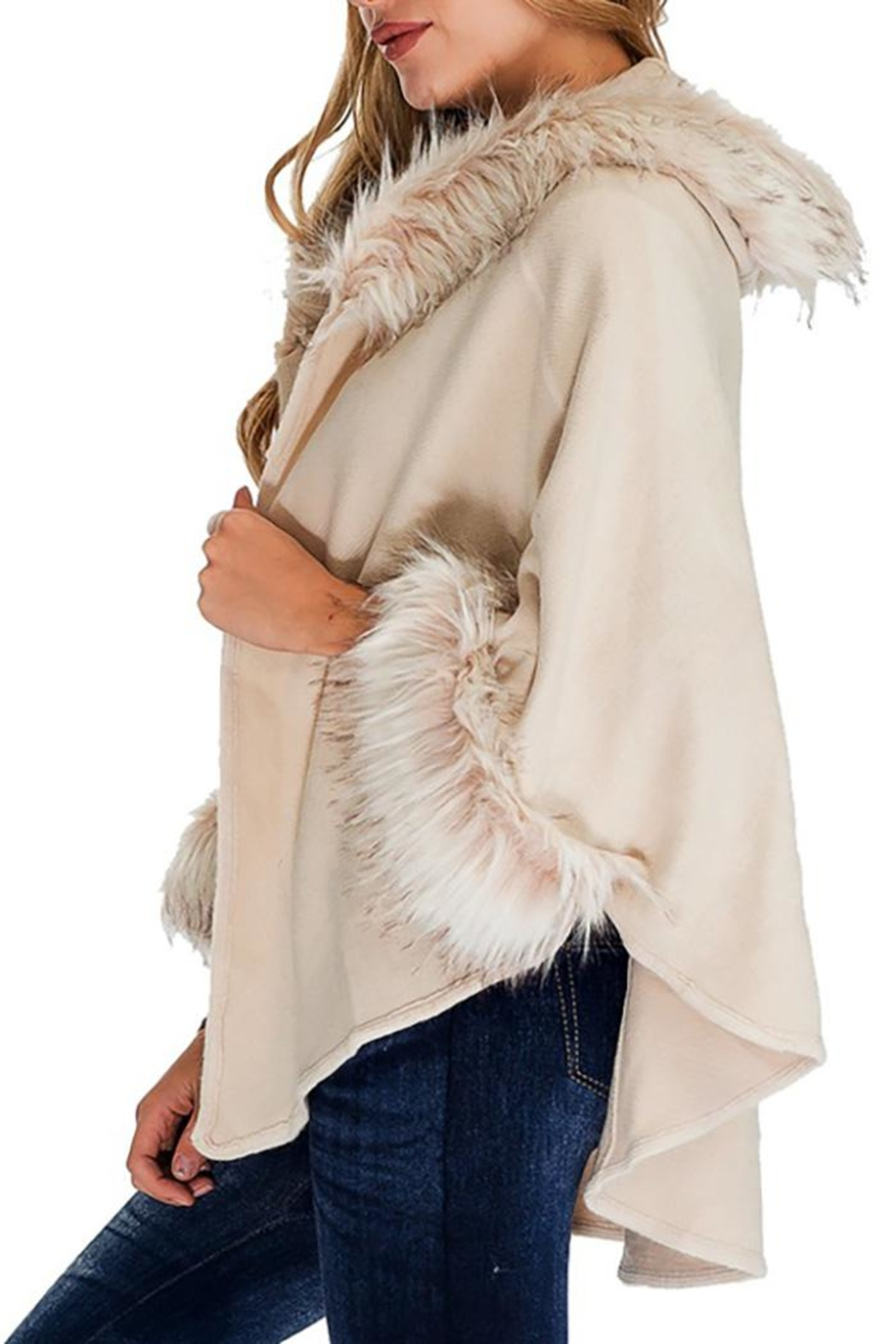 Cap Zone Faux Fur Trimmed Hooded Cape - Side Cropped Image