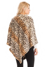 Cap Zone Leopard Patterned And Striped Throw Over Faux Fur Poncho - Other