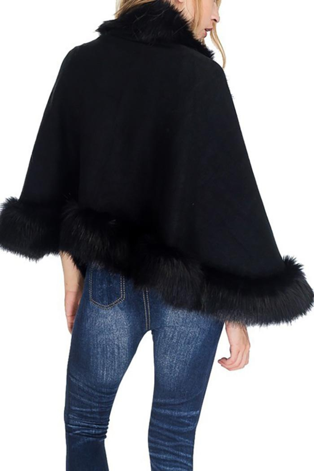 Cap Zone Single Layered Open Silhouette Cape With Faux Fur - Side Cropped Image