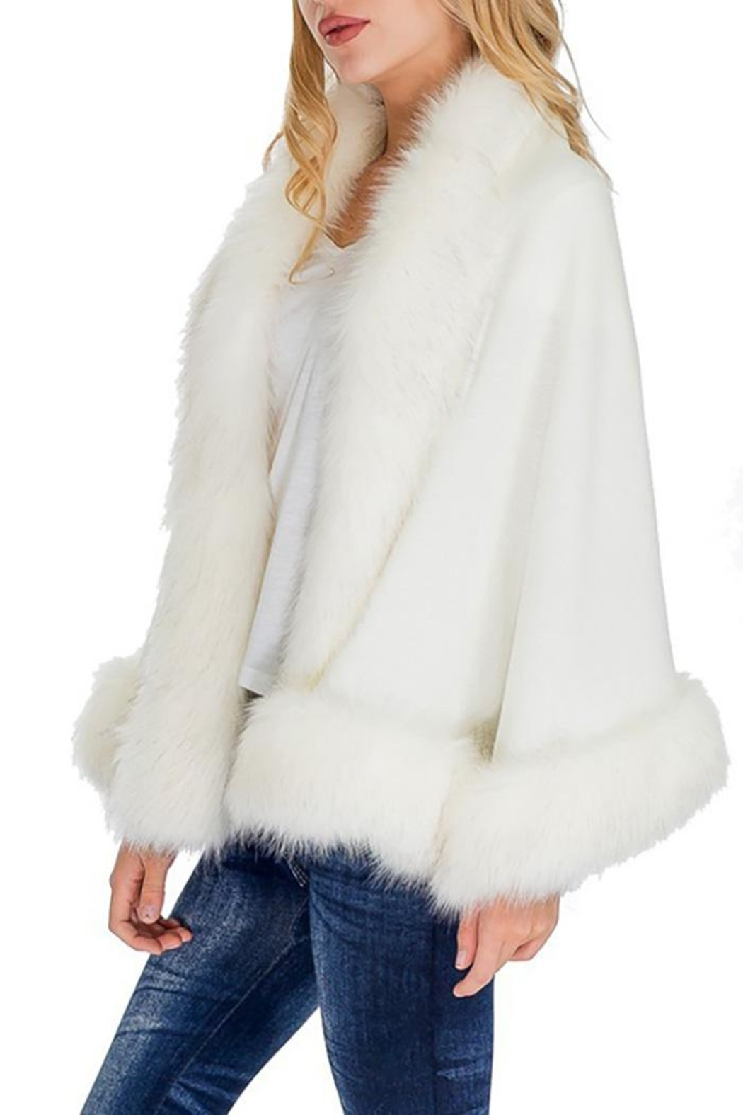 Cap Zone Single Layered Open Silhouette Cape With Faux Fur - Back Cropped Image