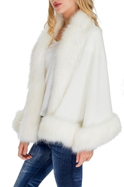 Cap Zone Single Layered Open Silhouette Cape With Faux Fur - Back cropped