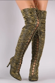 Cape Robbin Gigi-23 Camouflage - Front cropped