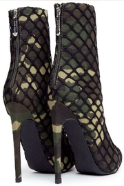 Cape Robbin Gigi-38 Camouflage - Side cropped