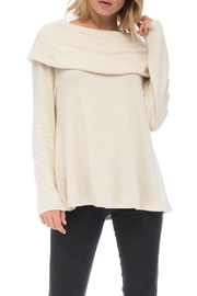 Bobeau Capri Cozy Off-Shoulder - Front cropped