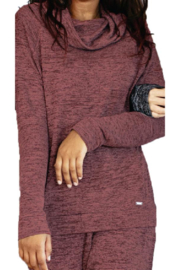 Hello Mello Carefree Threads Lounge Top - Front cropped