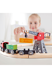 Hape  Cargo Delivery Loop - Front full body