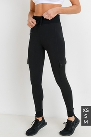 Mono Cargo-Jogger Hybrid Leggings with Clasp Buttons - Back cropped