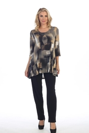 Caribe 2-Pocket Swing Tunic - Front cropped