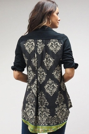Caite Carla tonal embroidered shirt w contrast print back - Front full body