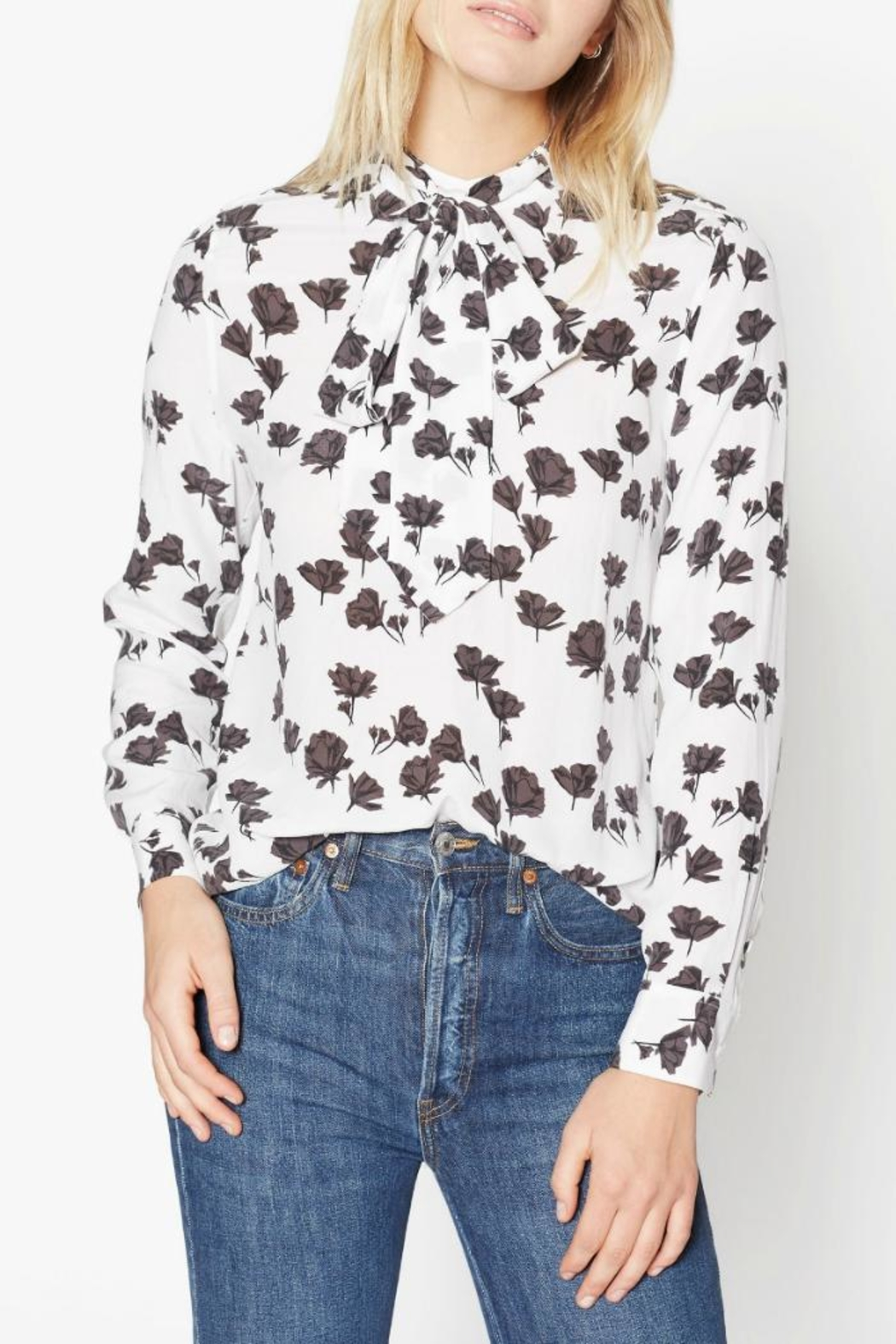 Equipment Carleen Silk Shirt - Front Cropped Image
