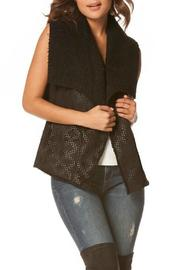 Carmin Sherpa Diamond Vest - Product Mini Image