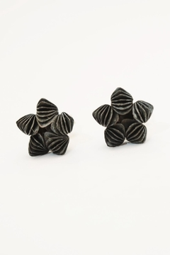 Carolina Lutz Black Flower Stud - Alternate List Image