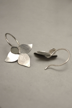 Carolina Lutz Minimalistic Silver Earrings - Alternate List Image