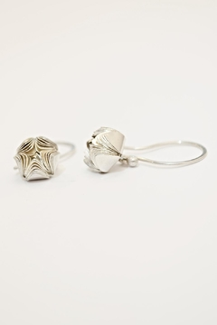 Carolina Lutz Silver Flower Earring - Product List Image
