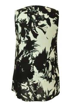 Carre Noir Abstract Floral Shell Top - Alternate List Image