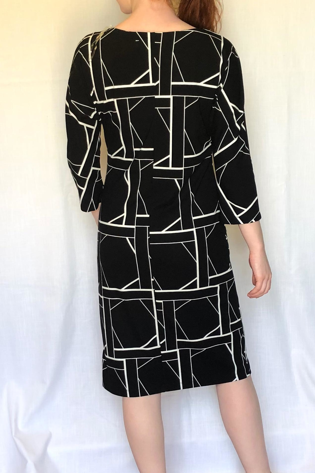Carre Noir Geo Print Dress - Front Full Image