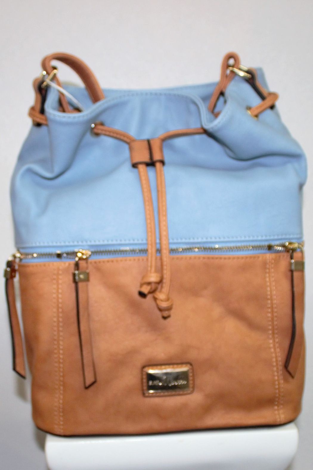 Simply Noelle Carryall Bucket Bag - Front Cropped Image