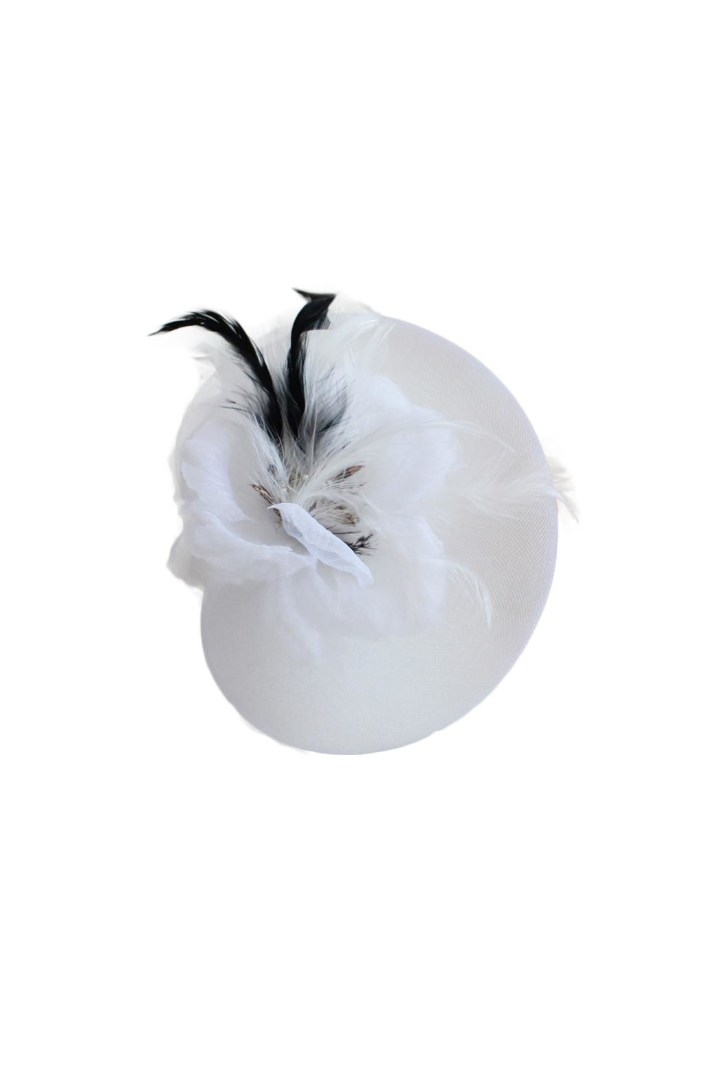 Carte Blanche Marguerite Fascinator - Front Cropped Image