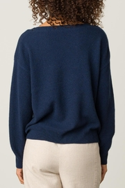 Margaret O'Leary Cashmere Boatneck - Side cropped