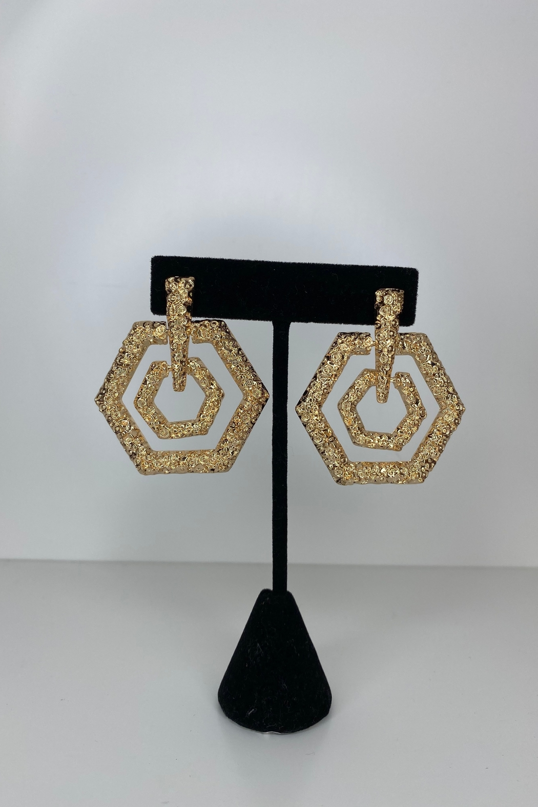 Adriana Bijoux Cassie Earrings - Front Cropped Image