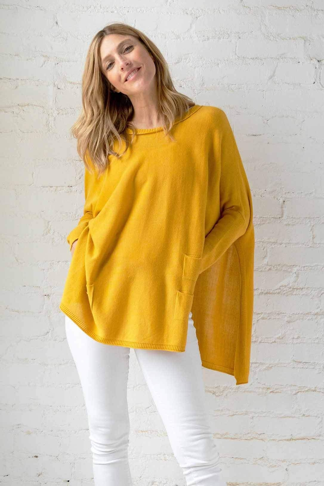 mersea Catalina Travel Sweater - Front Cropped Image