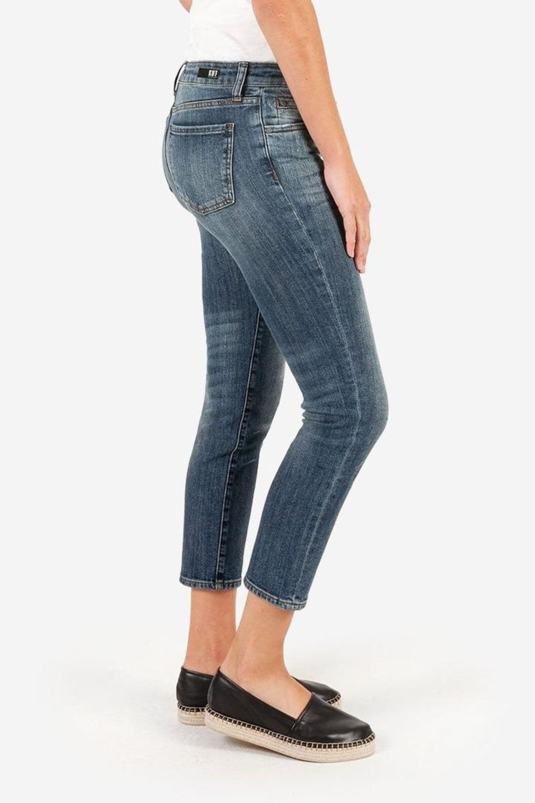 Kut from the Kloth Catherine Ankle Straight-Leg - Side Cropped Image